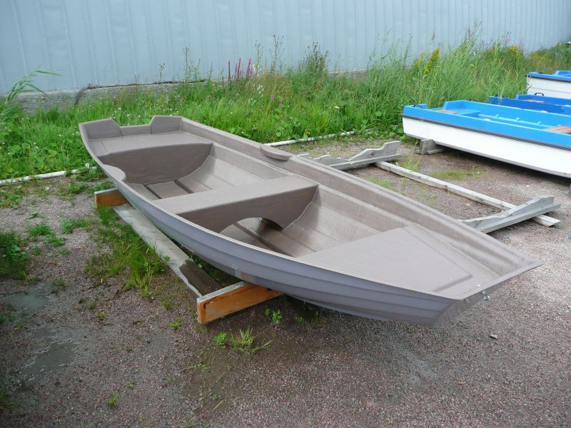 купить моторную пластиковую лодку в санкт-петербурге